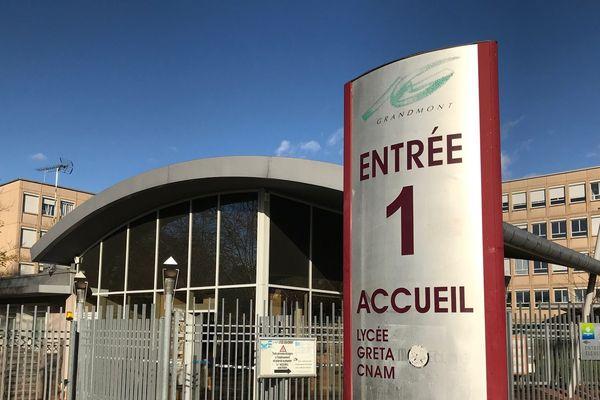 Le lycée Grandmont à Tours fait partie des 62 lycées dont les installations énergétiques seront modernisées.