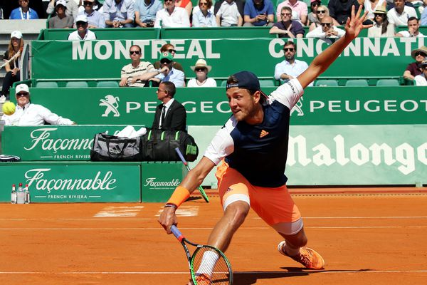 L'expérience de Pouille parlait pour lui avant cette demi-finale. Meilleure progression de l'année 2016, en grimpant de la 90e à la 15e (meilleur classement), Pouille a disputé ses deux premiers quarts de finale en Grand Chelem (Wimbledon, US Open).
