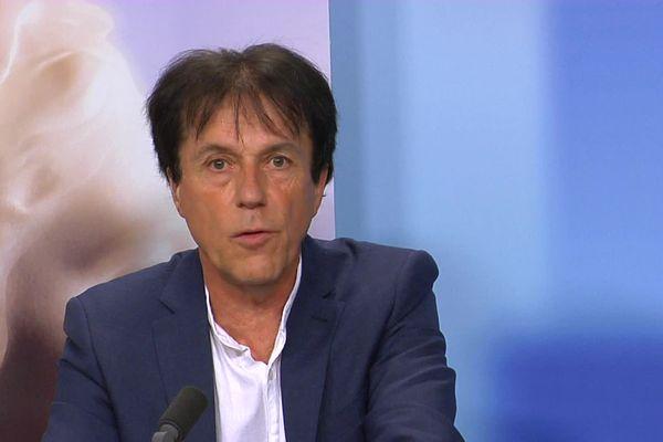 Christian Coail est élu depuis 1983