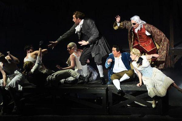 """Le """"Candide"""" de Bernstein, sur la scène du Théâtre du Capitole à Toulouse."""