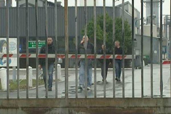 Goodyear Amiens-Nord : les salariés quittent leur usine pour la dernière fois