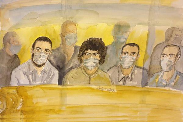 Les quatre accusés comparaissant le 16 novembre. Mohamed Bakkali est à droite sur le dessin.