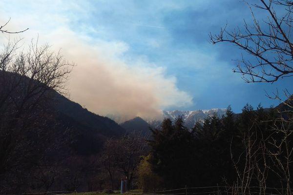 Un incendie s'est déclaré en fin de matinée à Venanson dans les Alpes-Maritimes.