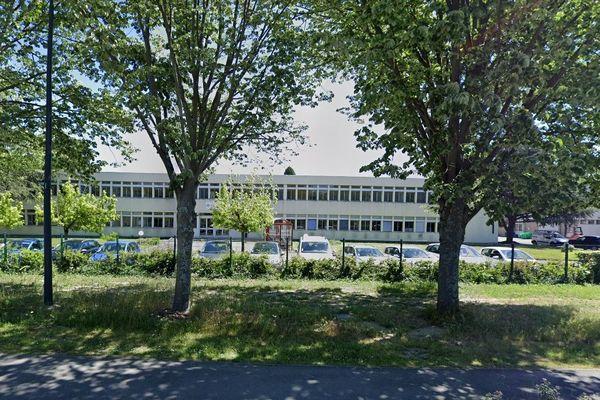 Le CEREMA emploie 72 personnes à Toulouse.
