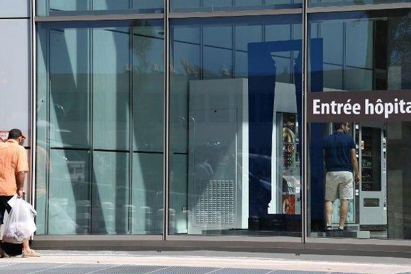 L'entrée de l'hôpital Pasteur 2 de Nice. Image d'illustration.