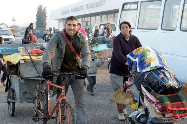 Une dizaine de familles roms délogés à Floirac (Gironde) elles occupaient un campement illégal