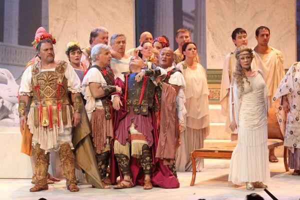 L'œuvre d'Offenbach révèle les prémices de la guerre de Troie. Ici la représentation à l'Odéon en 2016.