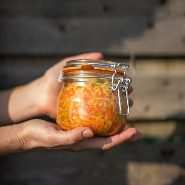 Conserver ses fruits et légumes du potager avec la lactofermentation