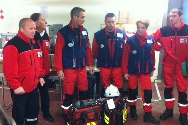 Une équipe de cinq pompiers de l'urgence internationale quitte Limoges pour l'archipel des Philippines