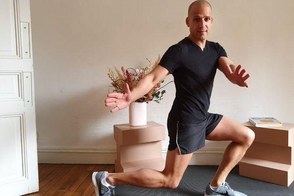 Samuel Valmorin en plein exercice à domicile.