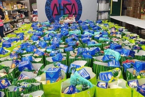 900 colis alimentaires distribués le premier jour du Ramadan