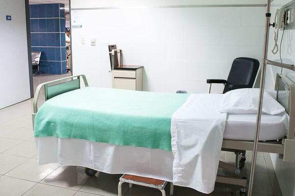 Linge de lits d'hôpitaux