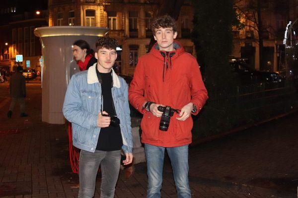 Baptiste Hermant (à gauche) est revenu sur le lieu de son arrestation avec Quentin Saison (à droite), son camarade lui aussi arrêté.