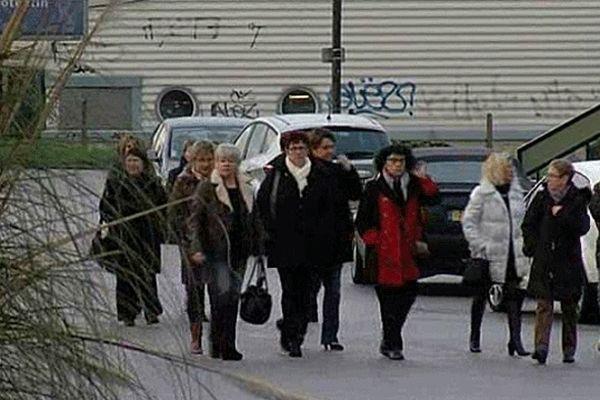 Les dernières salariées de l'usine Socoval de Cherbourg ce lundi 14 janvier