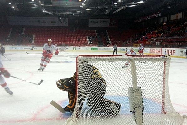 Les Dragons de Rouen ont gagné 6 à 1 face aux Italiens de Bolzano.