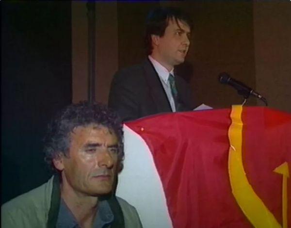 Michel Stefani, à la tribune, à la fin des années 1980.