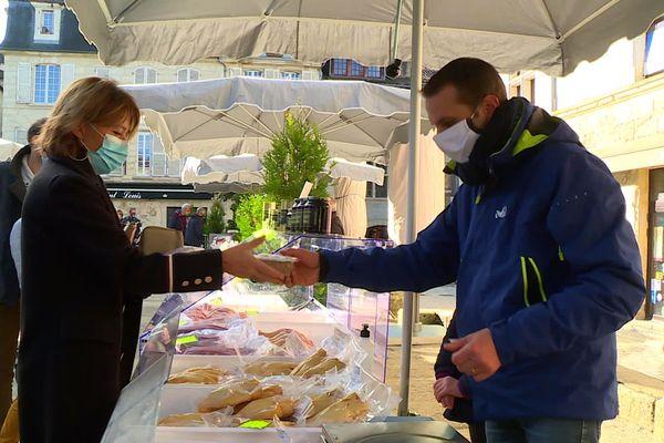 La gastronomie reste une valeur sûre de la ville, sur laquelle la municipalité aura du mal à faire l'impasse. Elle dit travailler à d'autres approches