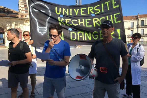 A Montpellier, dans l'Hérault, les enseignants et chercheurs du secteur public se mobilisent contre la loi de programmation pluriannuelle de la recherche (LPPR). / 8 juillet 2020.