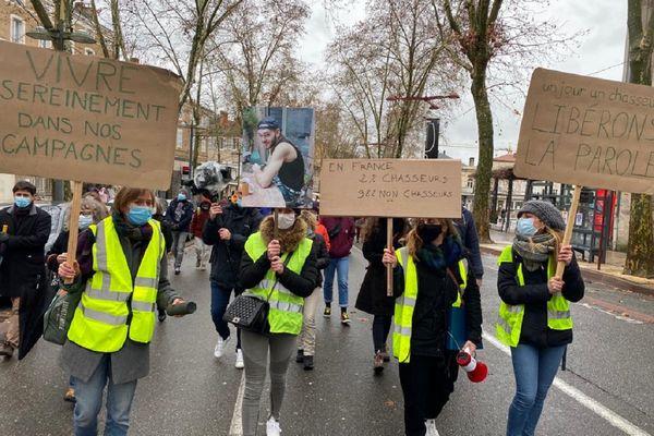 """""""Nous ne devons pas nous demander qui sera le suivant"""", a déclaré l'un des organisateurs de la marche blanche."""