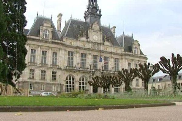 La polémique autour de l'abattoir de Limoges devrait rebondir au sein même du Conseil Municipal.
