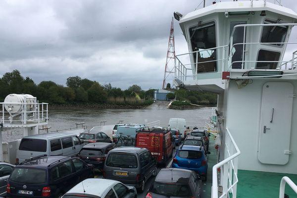 2.2 millions de passagers transitent chaque année d'une rive à l'autre de la Loire par le bac