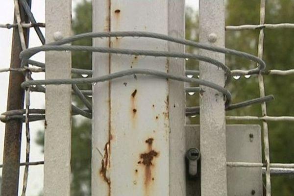 Le portail de l'usine Michelin de Joué-lès-Tours a été bloqué par les grévistes