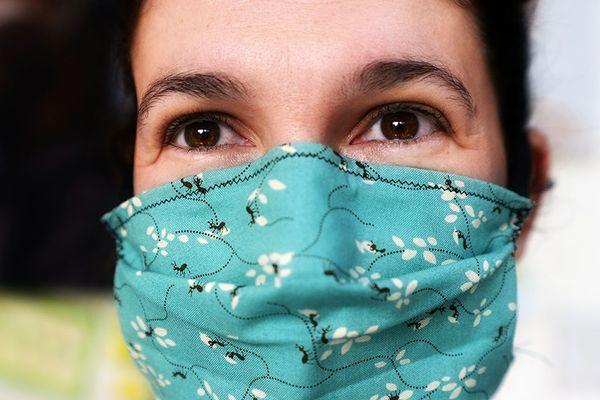 Les villes vont doter leurs habitants de masques grand public réutilisables.