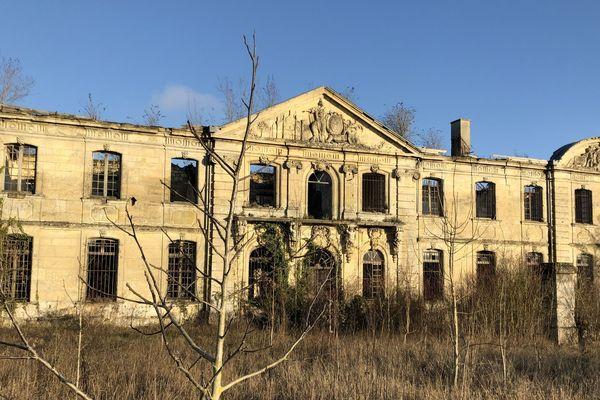 La mairie de Laon a voté le rachat de l'abbaye Saint-Vincent pour y installer un complexe hôtelier haut de gamme.