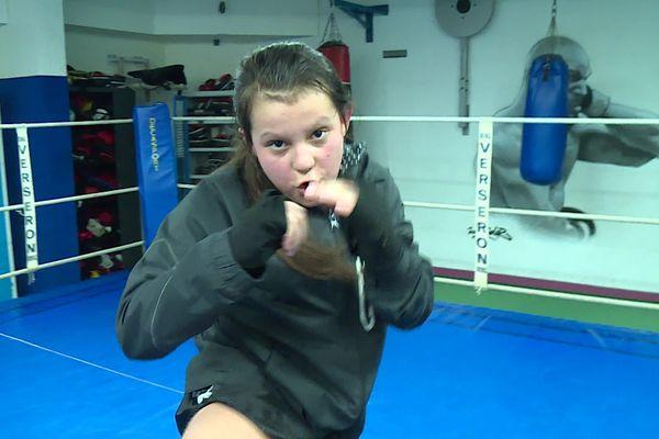 Luppa Chassard pratique le kickboxing depuis l'âge de cinq ans.
