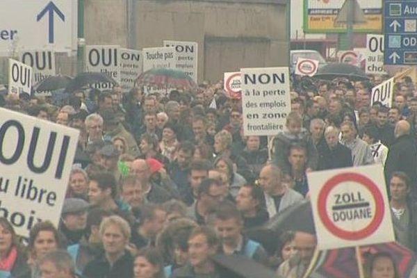 Plus de 3000 personnes ont défilé dans les rues de Pontarlier, le dimanche 20 octobre.