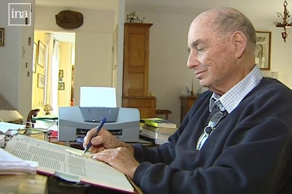 Francis Weill en 2004 à Besançon.