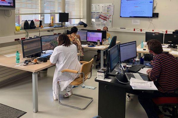 La salle de crise du Samu de l'hôpital de Saint-Lô