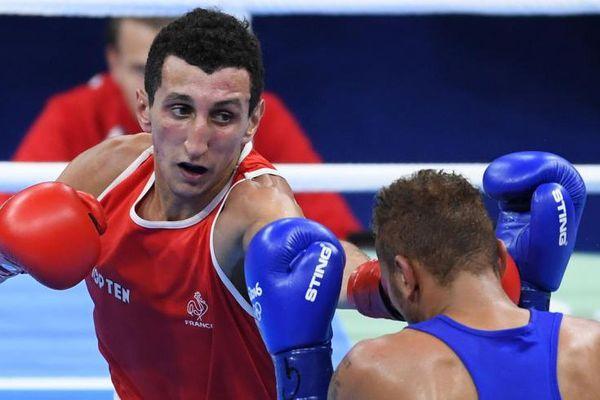 Sofiane Oumiah lors des dei-finales contre le Mongole Dorjnambuu
