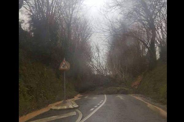 Premiers dégâts dans la région de Cherbourg ce mercredi matin.