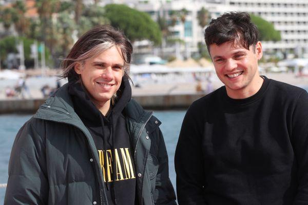 Le rappeur Orelsan et son frère Clément à l'occasion de Canneséries le 10 octobre 2021.