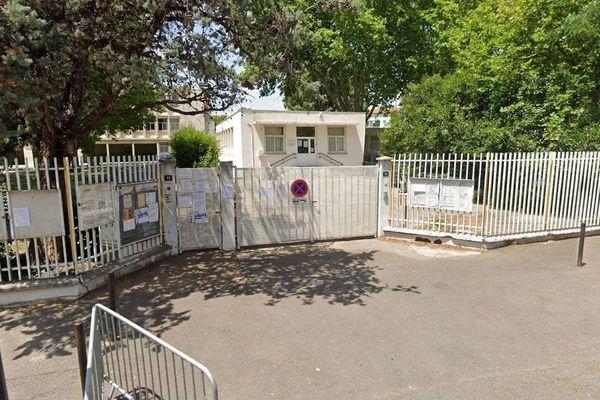 L'école primaire Jean Moulin à Nîmes a rouvert après 8 jours de droit de retrait