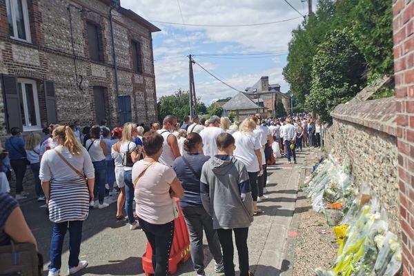 La marche blanche à Amfreville-sous-les-Monts samedi 31 juillet.