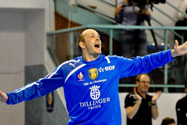 Vincent Gérard, gardien de l'USDK et de l'équipe de France de handball (photo prise le 9 avril 2014 à Dunkerque)