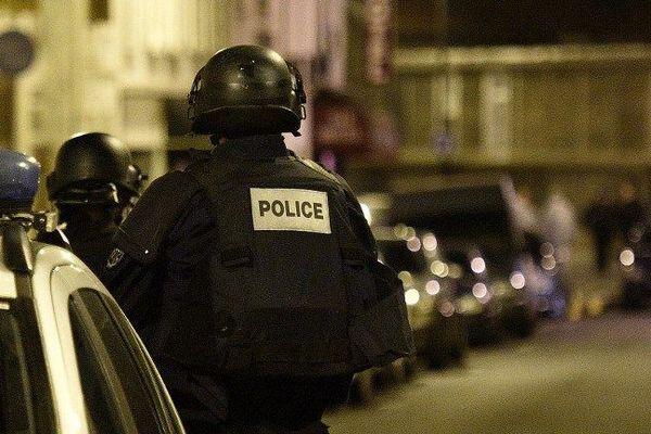L'état d'urgence a été annoncé dès le soir des attentats du 13 novembre 2015, qui ont fait 130 morts et plusieurs centaines de blessés dans la Région parisienne.