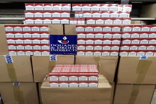 Les douanes ont saison 500 cartouches de Marlboro pour une valeur de 40.000 euros.