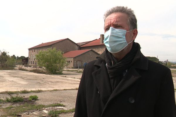 Yves Cazorla, le maire de Laudun-l'Ardoise favorable au projet sur l'ancien site d'Arcelor-Mittal.