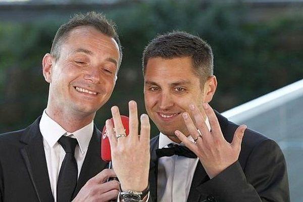 Montpellier - le premier mariage gay de France Vincent Autin et Bruno Boileau - 29 mai 2013