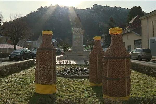Retour aux sources pour la percée du vin jaune : c'est à Poligny, dans le Jura, que la première édition s'était tenue en 1997