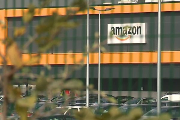 Fermé depuis le 16 avril, l'entrepôt Amazon de Boves dans la Somme va reprendre son activité progressivement à partir du 19 mai.