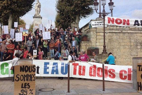 Le collectif 32 Non au gaz de schiste se mobilise contre les permis d'explorer dans le Gers.