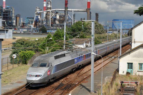 En 2022, la ligne Nantes-Le Croisic ne passera plus par la zone industrielle de Donges
