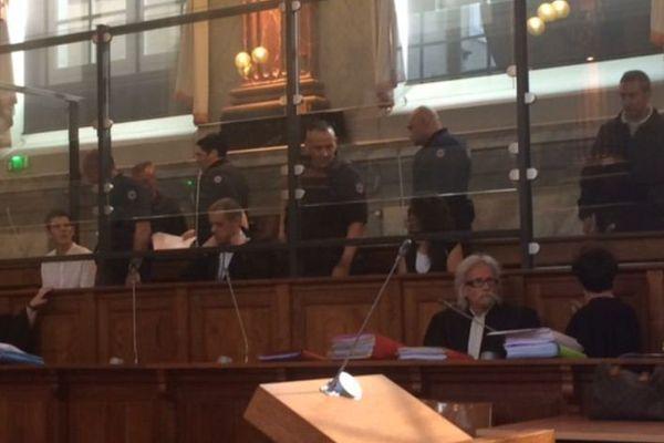 Mickaël Baehrel et Christophe Camy dans le box des accusés pour la première journée du Procès Alexandre Junca à Pau