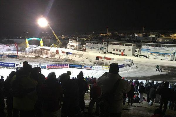 Spectacle à Super-Besse le 28 janvier, le trophée Andros s'est tenu sous la neige et Nathanaël Berthon a remporté le titre Elite devant son public.