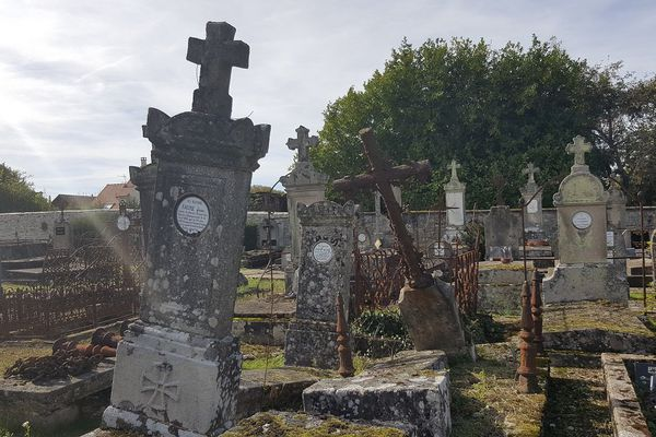 La partie ancienne du cimetière de La Souterraine