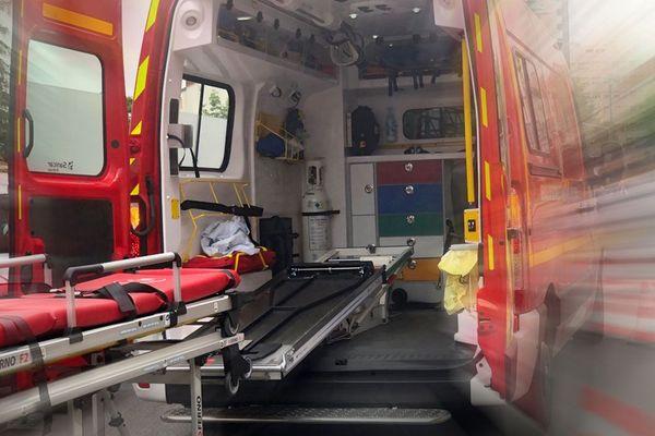 Au Puy-en-Velay, une personne a été grièvement intoxiquée par les fumées de l'incendie de son appartement le 15 mars, aux alentours de 10h15.